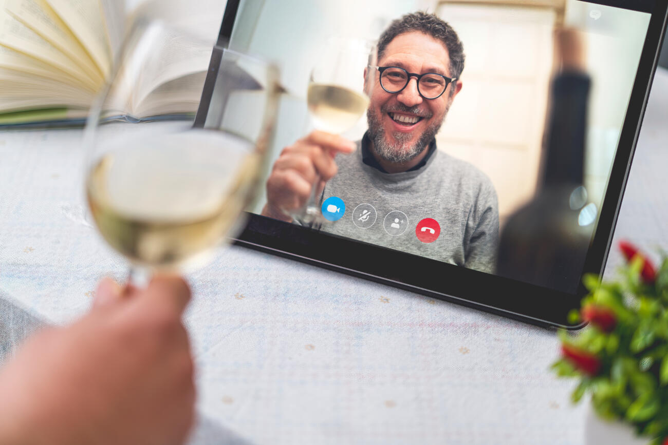 How to Host the Best Virtual Wine Tasting Party.